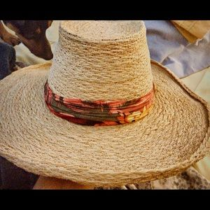 Accessories - Womens Wide brimmed hat
